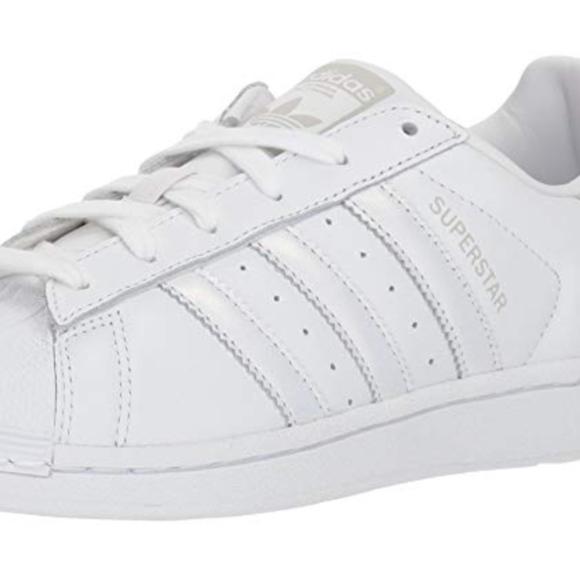 the latest a342c fd1c5 NEW Adidas Originals Women's Superstar Shoes Boutique